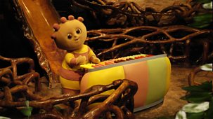 In The Night Garden - Series 1 - Following