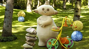 In The Night Garden - Series 1 - Makka Pakka's Present