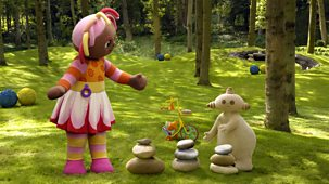 In The Night Garden - Series 1 - Makka Pakka's Piles Of Three