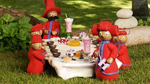In The Night Garden - Series 1 - The Pontipines' Picnic
