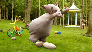 In The Night Garden - Series 1 - Where Did Makka Pakka's Sponge Go?