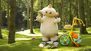 In The Night Garden - Series 1: 84. Makka Pakka's Circle Of Friends