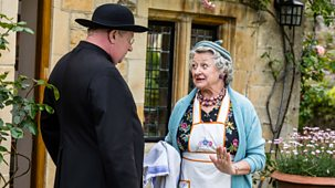 Father Brown - Series 8: 2. The Queen Bee