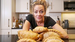 Inside The Factory - Series 5: 6. Pasties