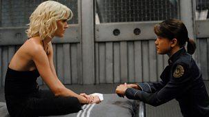 Battlestar Galactica - Series 3: 14. The Woman King