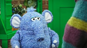 Monty & Co - Series 1: 29. A Queue For Mrs Rainey