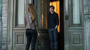 Bates Motel - Series 3: 1. A Death In The Family