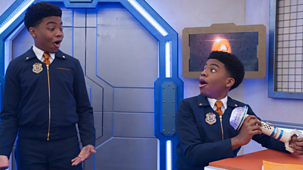 Odd Squad - Series 4: 9. Double O Trouble: Part One