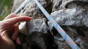 How the Cwm Idwal slabs were affected by tectonic activity