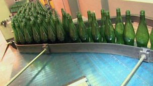 An automated production process - bottling soft drinks