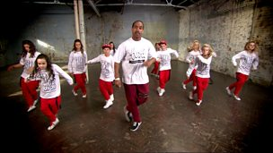Street dance masterclass on house dance