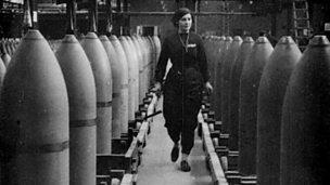 Women at work in WW1