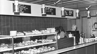 An Edinburgh snack bar in 1973