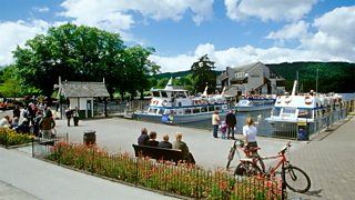 Tourist boat rides
