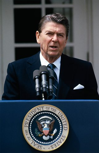 An Ceann-suidhe Ronald Reagan