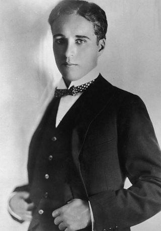 Ffotograff o Charlie Chaplin
