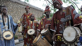 African musicians play the drums
