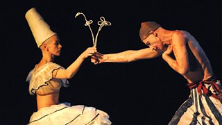 Example of  using mime in theatre