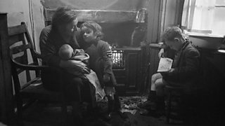 A family from the Gorbals