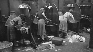 Glasgow women doing their washing in the 'steamy' in Glasgow