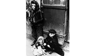 Children in Jewish ghettos
