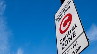 A street sign marking the London congestion charge's central zone