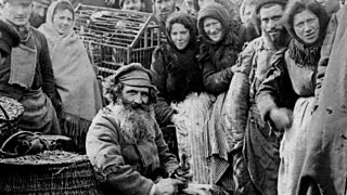 A photo of Russian peasants in a Moscow market, 1900.