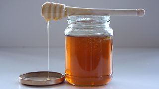 BBC Two - Trust Me, I'm a Doctor, Series 3, Episode 3 - Is Manuka honey  worth the money?