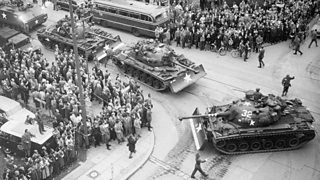 Image showing US tanks at Checkpoint Charlie in Germany 1961