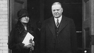 Herbert Hoover gyda Marie Curie
