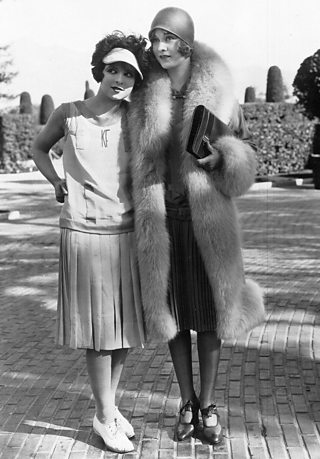 Photograph of Clara Bow.