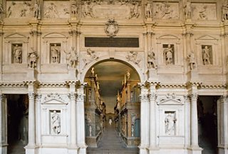 Teatro Olimpico and proscenium arch, Vicenza, Italy, Andrea Palladio / Vincenzo Scamozzi, 1580-85, Stock Italia / Alamy Stock Photo