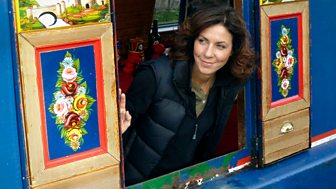 Canal Walks With Julia Bradbury - 4. The Llangollen Canal