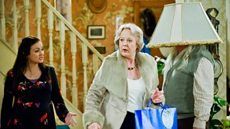 Mrs Brown's Boys - Series 2: 2. Mammy's Coming!