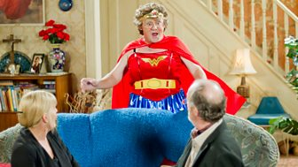 Mrs Brown's Boys - Series 2: 4. Supermammy