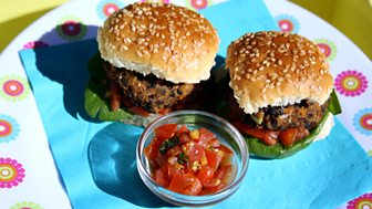 I Can Cook On The Go - Mini Veggie Burgers And Basketball