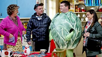 Mrs Brown's Boys - Christmas Specials 2012: 1. Mammy Christmas