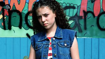The Story Of Tracy Beaker - Series 4: 2. Bouncer Vs Lol