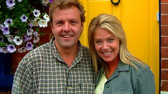 Homes Under The Hammer - Series 16: Episode 42