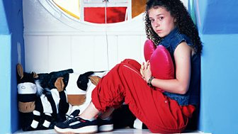 The Story Of Tracy Beaker - Series 3: 1. Leavin' On A Jet Plane