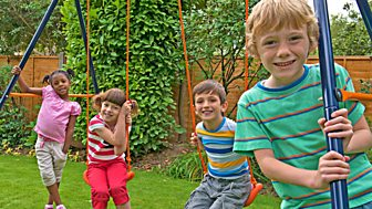 Topsy And Tim - Series 2 - Twin Swings