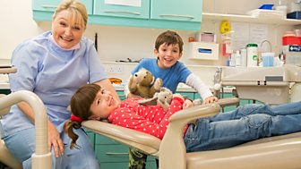 Topsy And Tim - Series 2 - Our Teeth