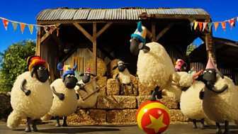 Shaun The Sheep - Series 4: 22. Bitzer For The Day