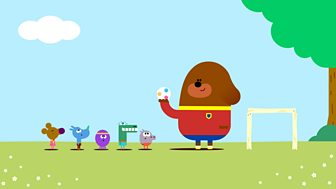 Hey Duggee - 40. The Football Badge