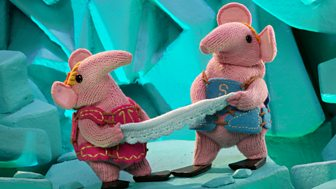 Clangers - 13. In A Spin