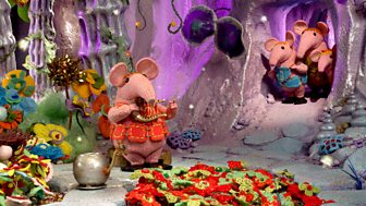 Clangers - 16. Mother's Melody