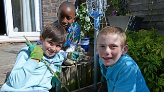 Topsy And Tim - Series 3: 6. Tony's Friend