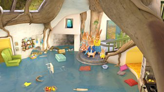 Peter Rabbit - Series 2: 42. The Tale Of The Flooded Burrow