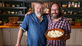 The Hairy Bikers' Comfort Food - 9. A Cut Above