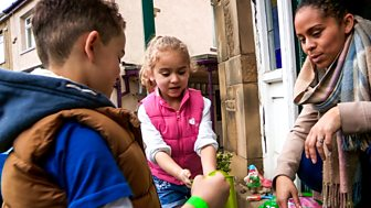 Our Family - Series 4: 17. Isla And Noah Go Gardening